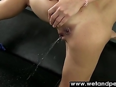 On all sides Pee Partition off to hand WetAndPee 11