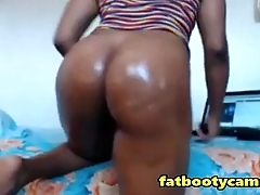 Fuck my Phat Oiled Ebony Ass Doggystyle - fatbootycams.com