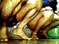 indian couple Jeet &amp_ Pinki Bhabhi pissing &amp_ pooping together