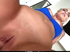 Unintended Hook-Up at the Sex Show 10