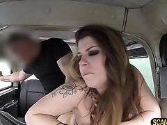 Damn hot chick goes missionary sex point of view with her taxi driver