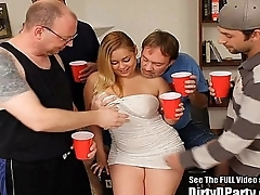 Curvy Latina Hollie gets gangbanged and bukkakeed
