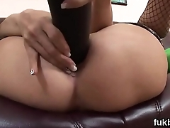 Wicked idol gapes her snatch and loves hardcore sex