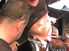 Muscle papa enjoying in interracial bareback sex